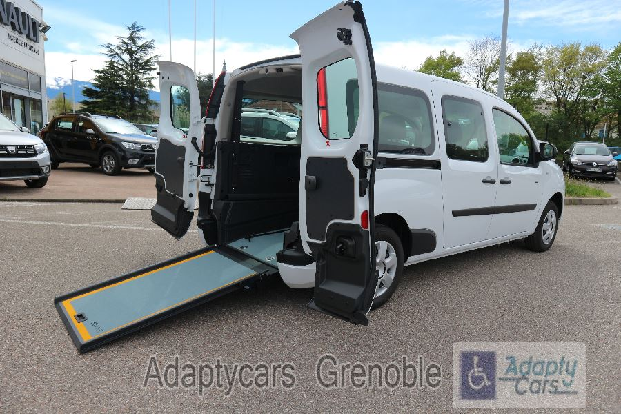 RENAULT | GRAND KANGOO II HANDICAPE | 1.5 DCI 110CH ENERGY ZEN 6 PLACES TPMR