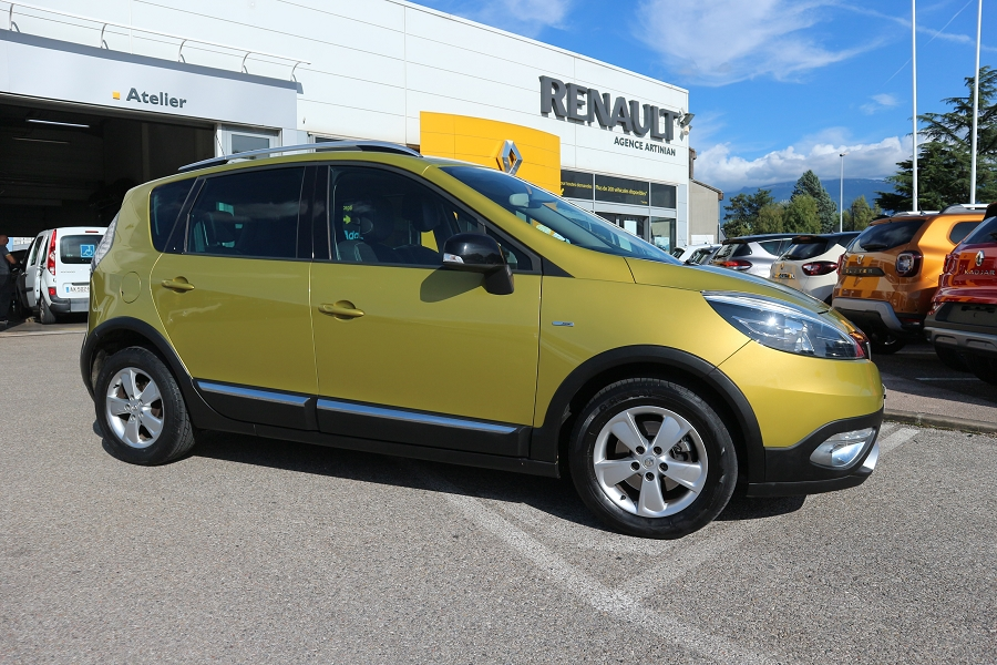RENAULT | SCENIC III XMOD HANDICAPE | 1.5 DCI 110CH ENERGY BOSE ECO² TPMR