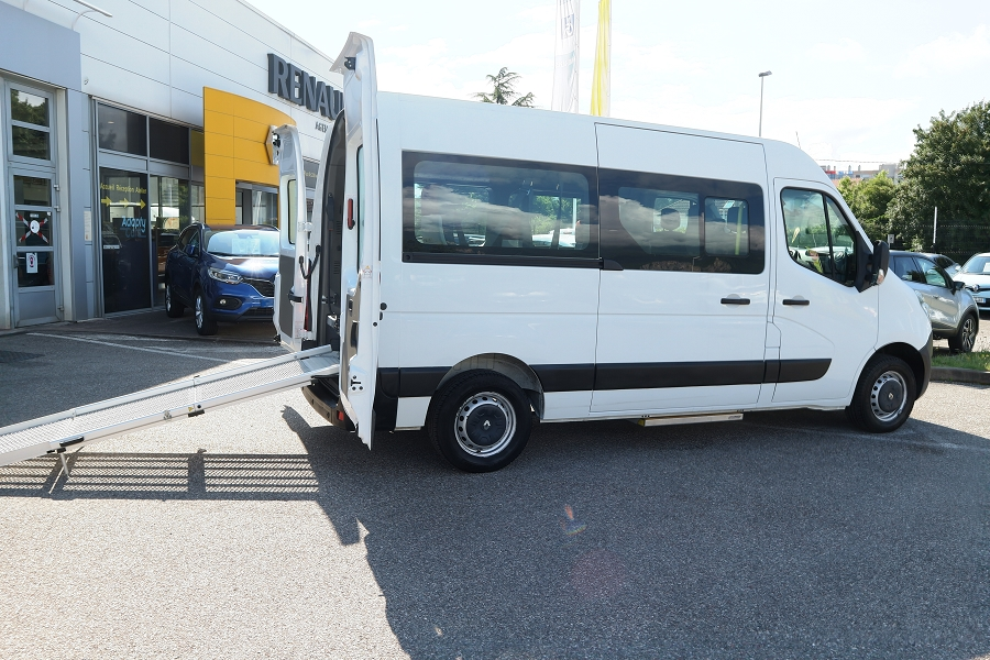 RENAULT | MASTER III HANDICAPE 8 PLACES | F3500 L2H2 2.3 DCI 135CH ENERGY CONFORT TPMR
